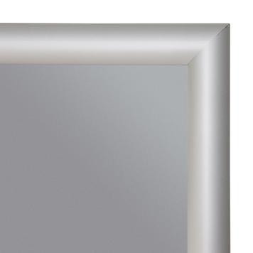 Trudnopalna ramka zaciskowa, profil 25 mm, z narożnikami ściętymi po skosie, anodowana na kolor srebrny