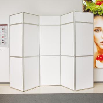"""Ścianka składana """"360"""" z nadrukowanymi panelami"""